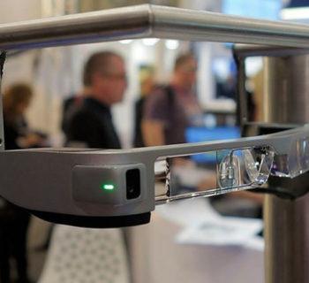 Moverio BT300 son gafas de realidad aumentada de epson