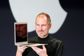 Steve Jobs presentando MacBook Air