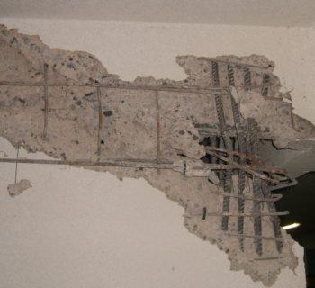 daños estructurales por sismo en casa